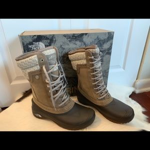 Northface Shellista Mid Winter Boot New in Box 6